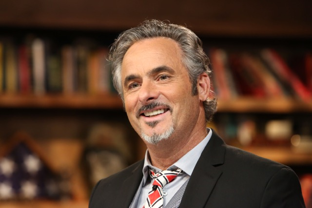 David Feherty will be the featured speaker at the 2016 CARE Breakfast.
