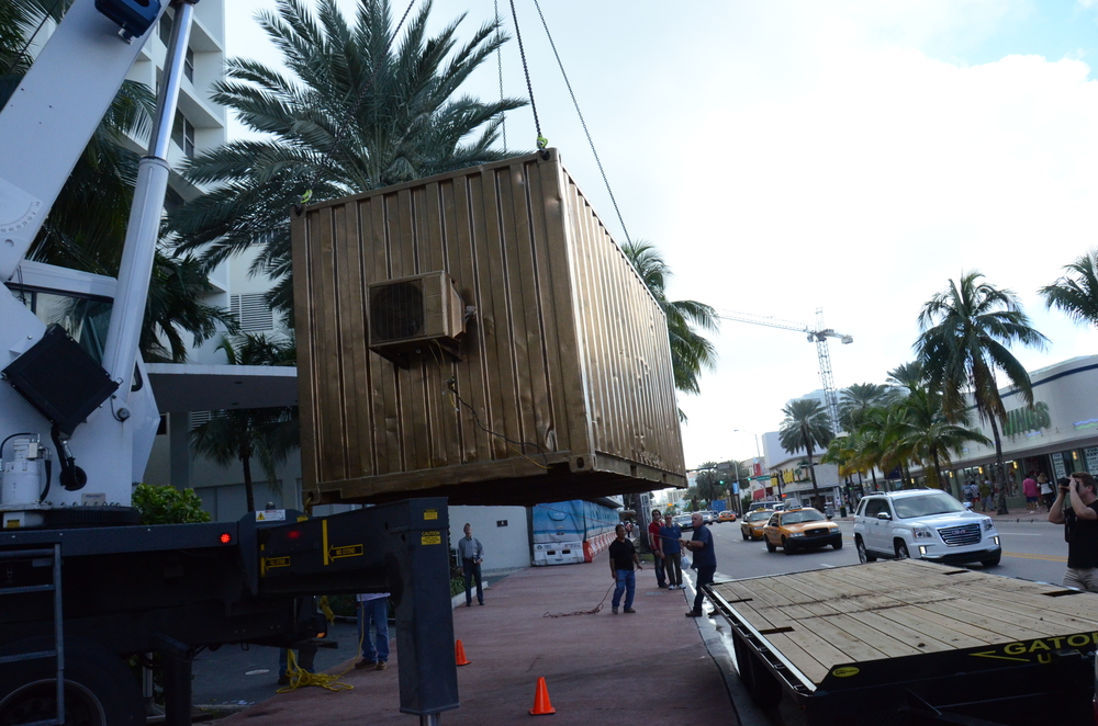 Installation of the Portal on Miami Beach during Art Basel Miami Beach 2015