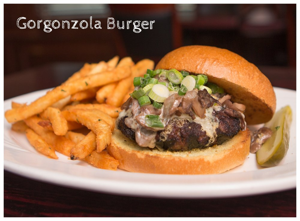 Gorgonzola Burger (side).jpg