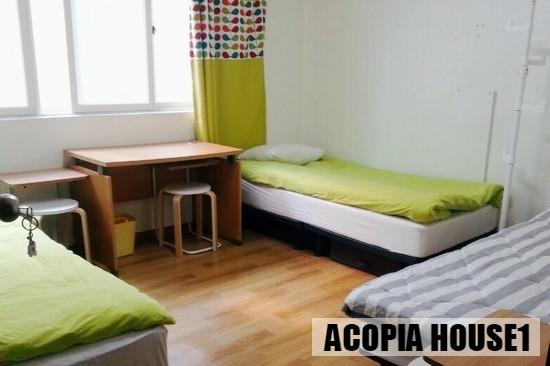 07_Triple_room.jpg