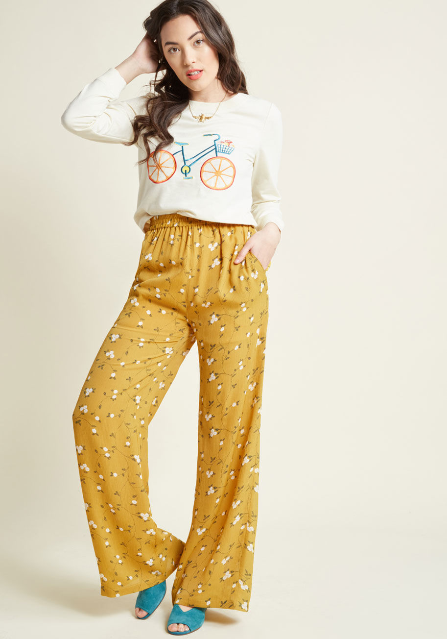 I'm so in love with Palazzo pants at the moment. And I own NONE. Arghhhh. Check these out   here .