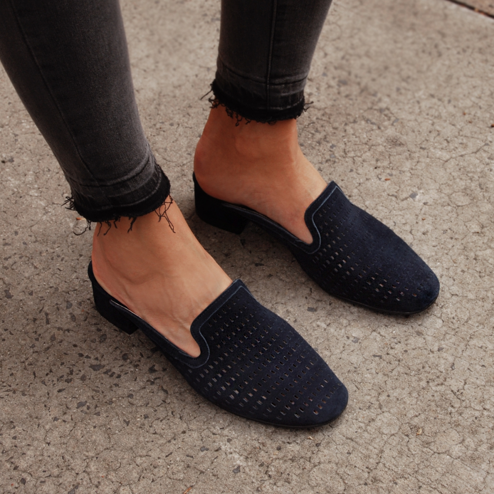 I think these shoes are absolutely gorgeous. They are navy - which is awesome. I think they'll be great to wear. Get them   here .