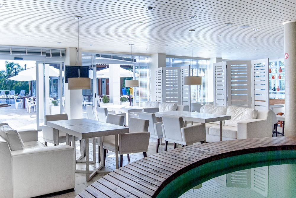 Hotel-Torres-da-Cachoeira-Florianopolis-por-Bruno-Sampaio-19.jpg