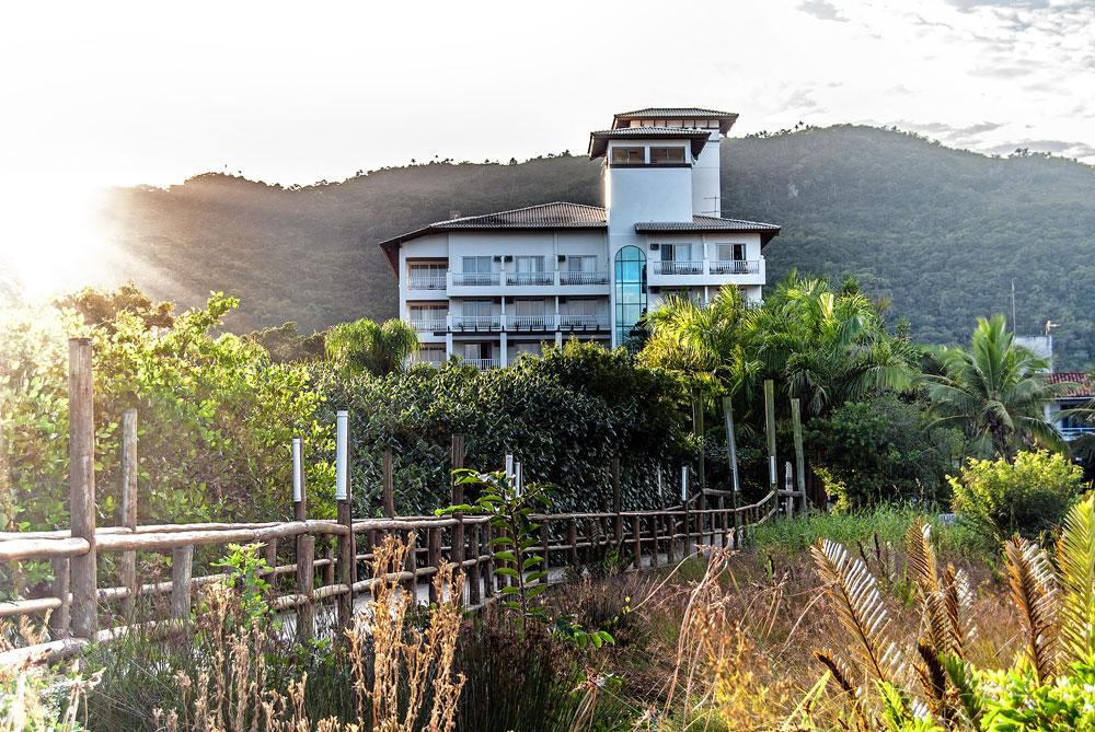 Hotel-Torres-da-Cachoeira-Florianopolis-por-Bruno-Sampaio-15.jpg