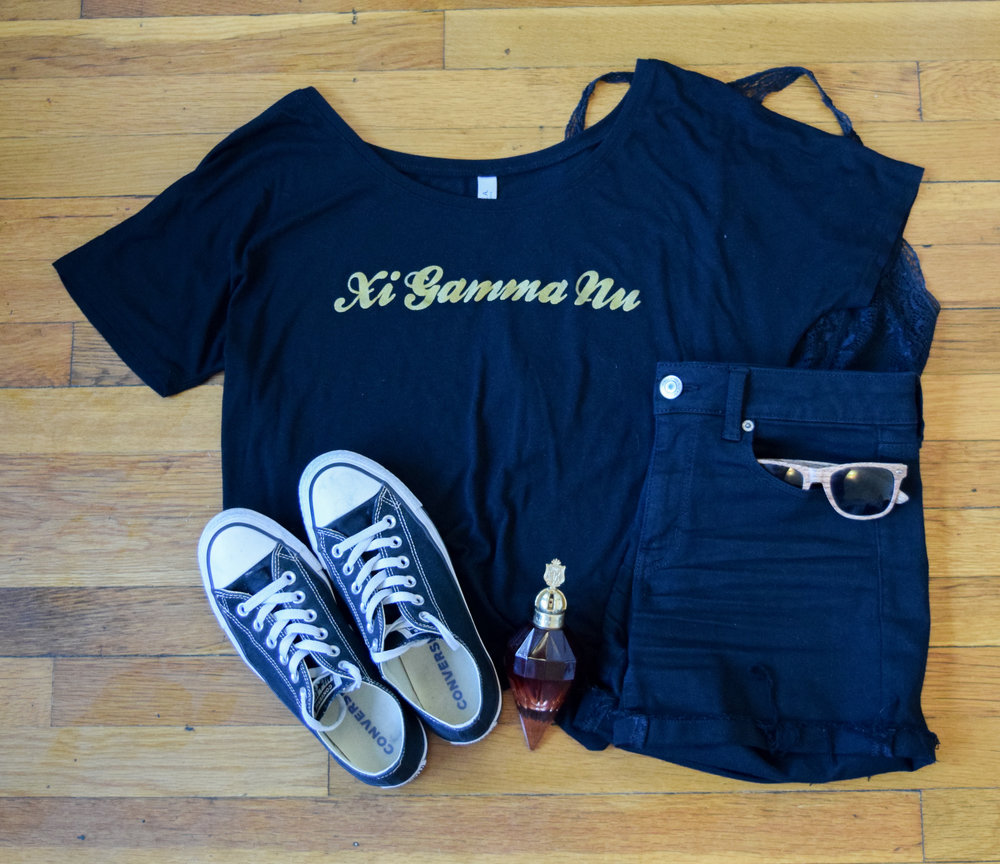 shirt ( gamma  exclusive, sorry bbs!).  bralette .  shorts .  sneakers .  perfume .  sunglasses  (mine are lighter!)