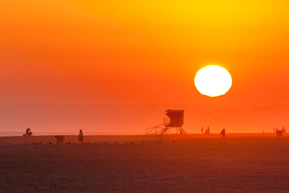 Bonfire @ Huntington State Beach - July 8, 2016Photos:David Woo& Austin Stankus
