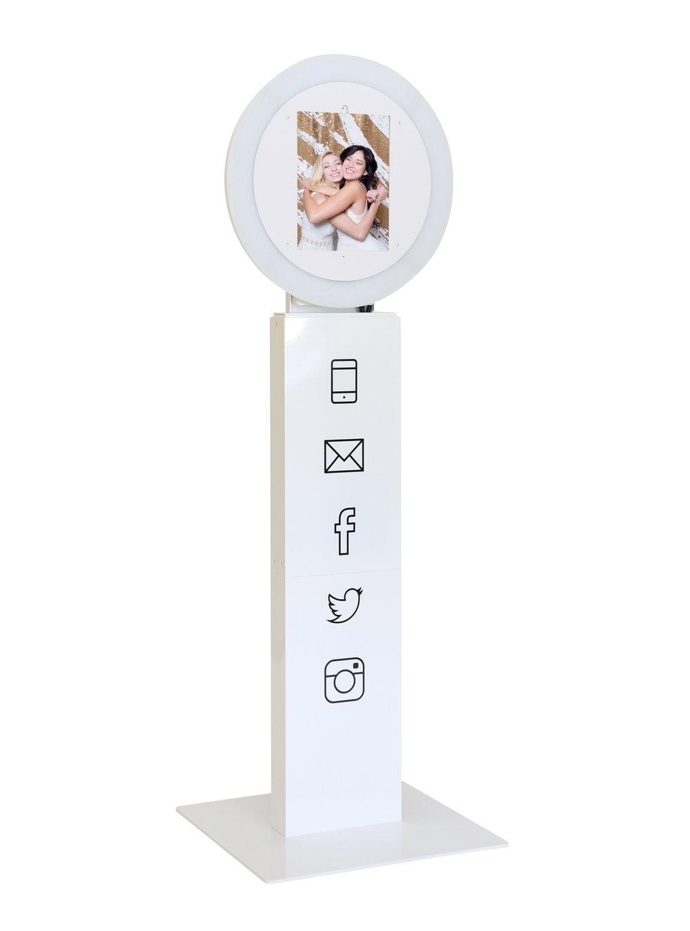 OMG MIami Selfie Booth.jpg