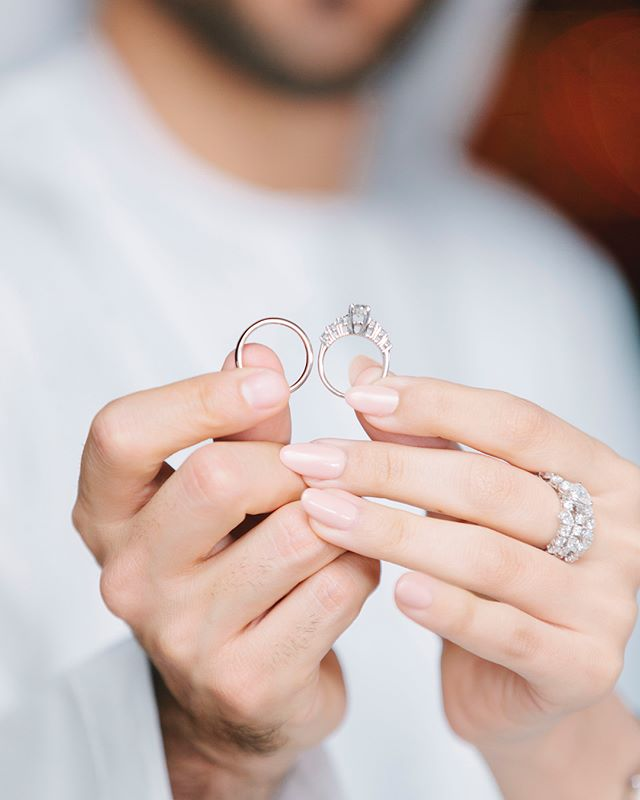 Don't forget that you wear a ring to remind you of your promise made n your wedding day. We never make a promise the things that are going to be easy, but the things that we know will require courage. . . A look back at a beautiful engagement celebration of Y&E! Congratulations again to and your families 💕. . Planner: @thepurplechair  Venue: @parkhyatt . #dubaiwedding #dubai #uae #uaewedding #weddingphotography #weddingphotographer #dubaiweddingphotographer #dubaifemalephotographer #weddingday #weddingphoto #bigday #bride #dubaibride #bridalinspo #bridalinspiration #bride2018 #dubaibride #weddingideas #weddinginspo #weddinginspiration #enchantestudios