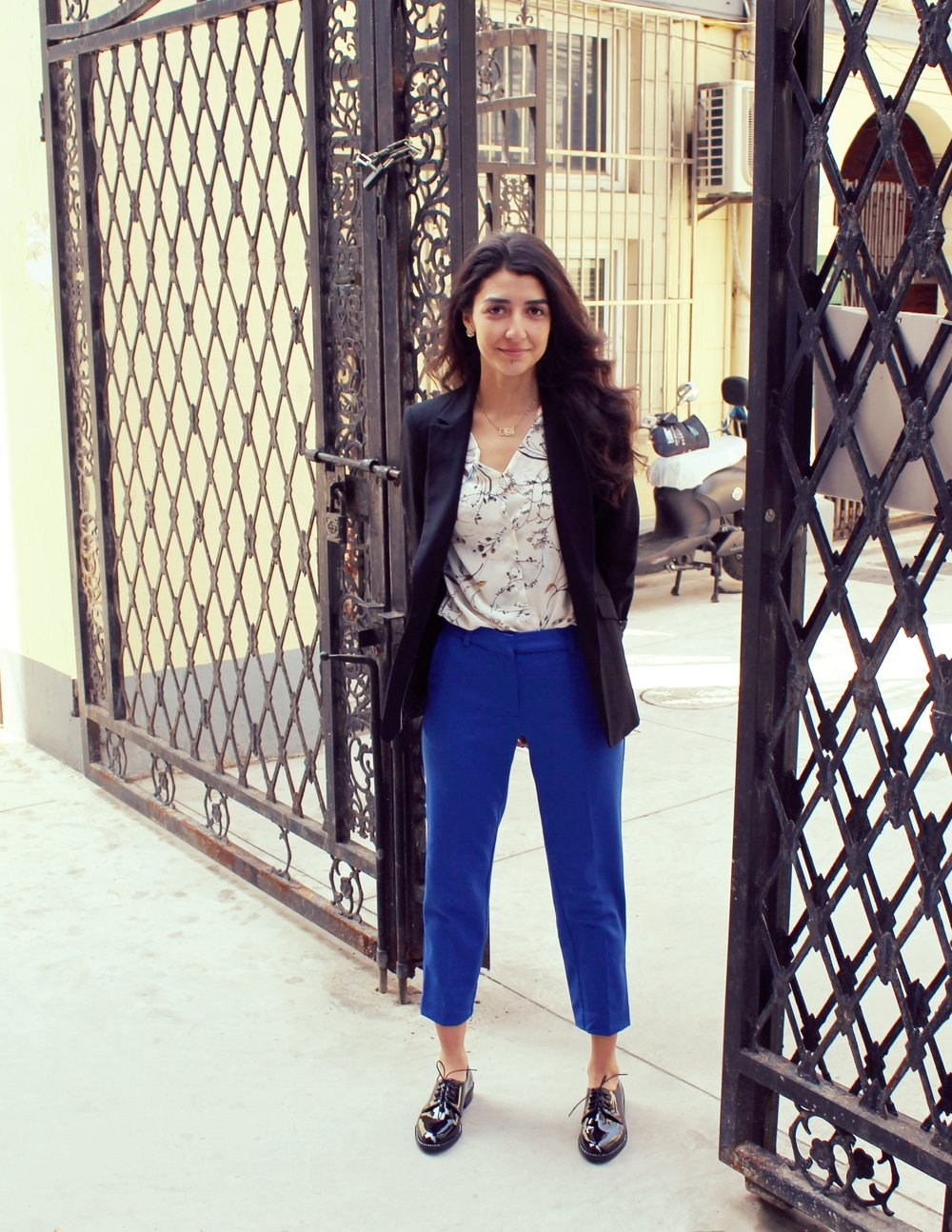 Pop of Color & Prints   Always add in some color to your outfit! Here, I am wearing some bright blue cropped trousers with vibrant and glossy oxfords for that elegant feel. I still get to wear that signature black blazer with a printed and lacy shirt underneath but I changeed up and gave it that extra oomph with some colorful trousers.
