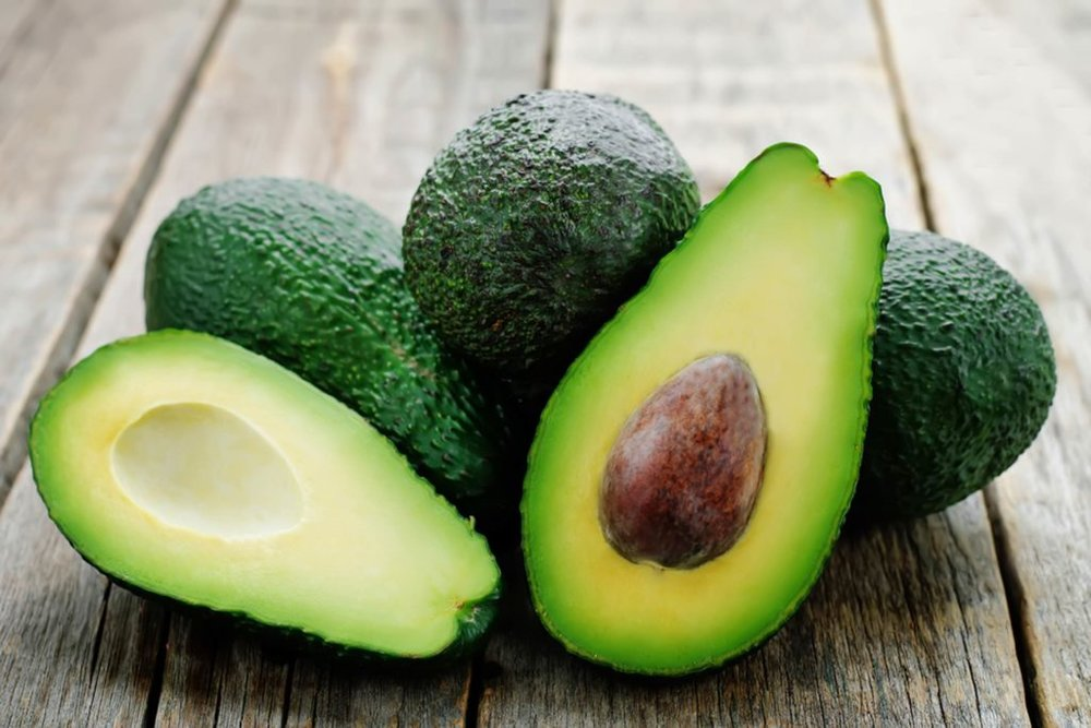 Avocados-Are-About-to-Get-Ridiculously-More-Expensive_263066297_Nataliya-Arzamasova-1024x683.jpg