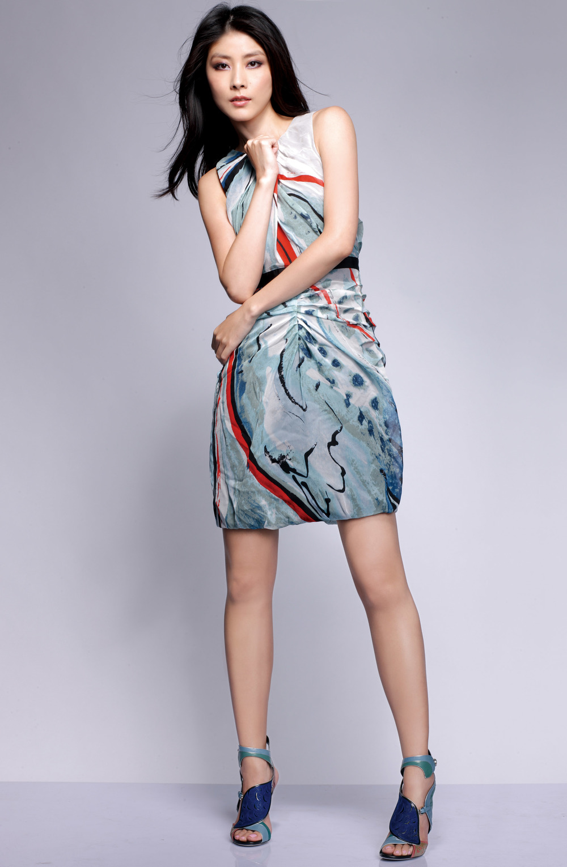 Kelly Chen - SS10 - 1.jpg