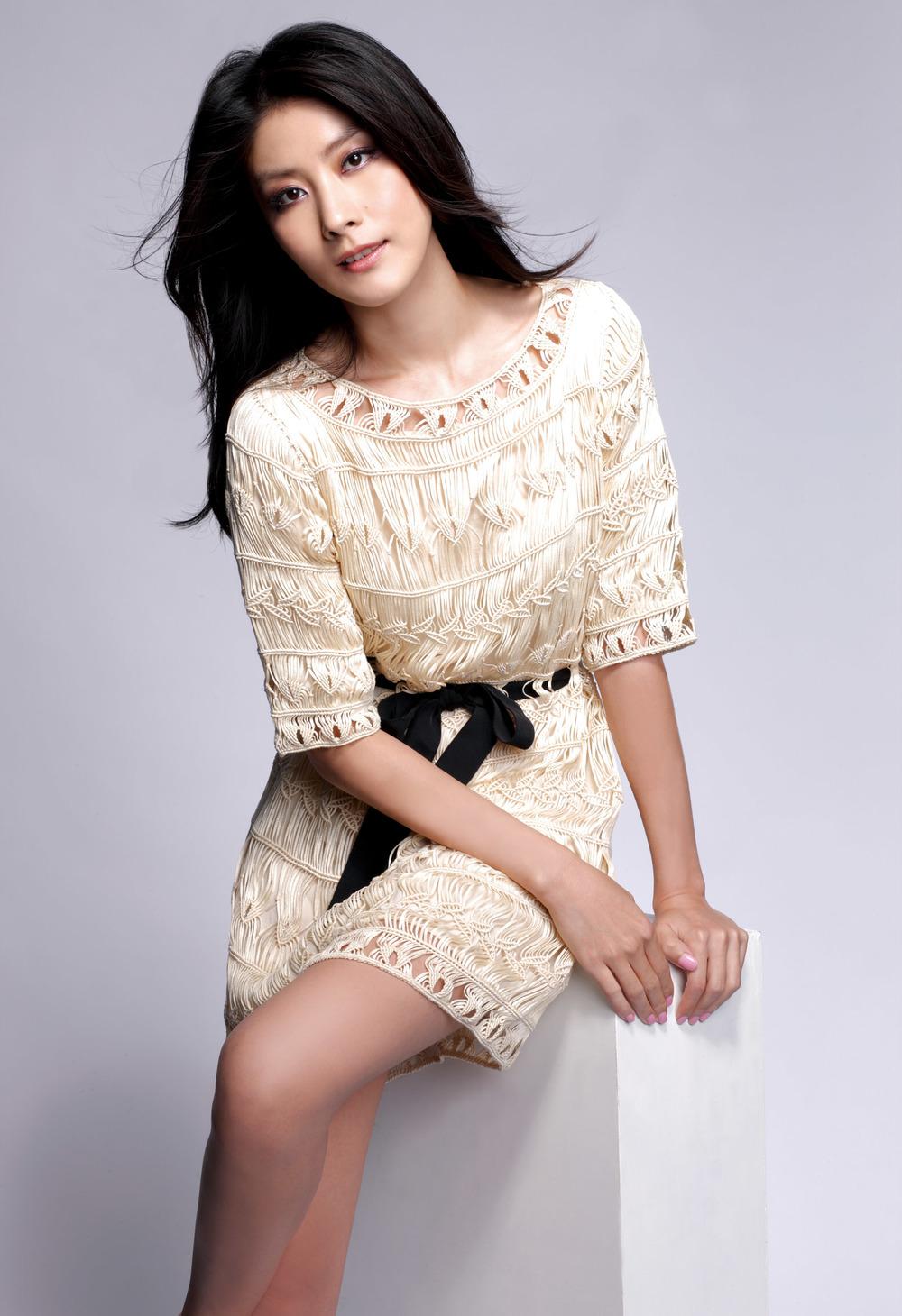 Kelly Chen - SS10 - 2.jpg