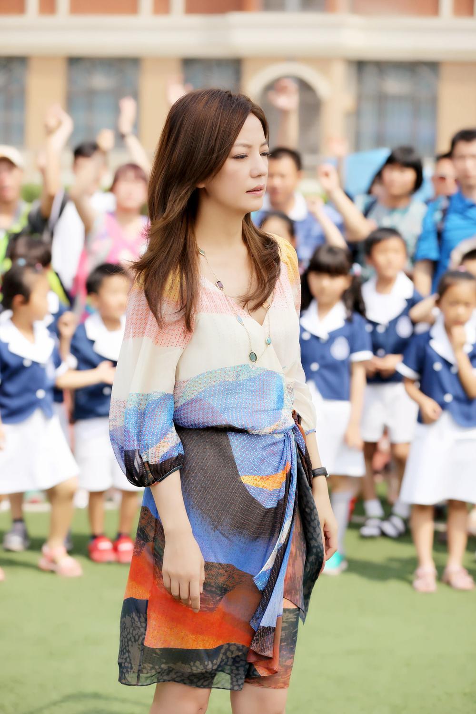 China - Zhao Wei at China TV series 虎爸猫媽 (2).jpg