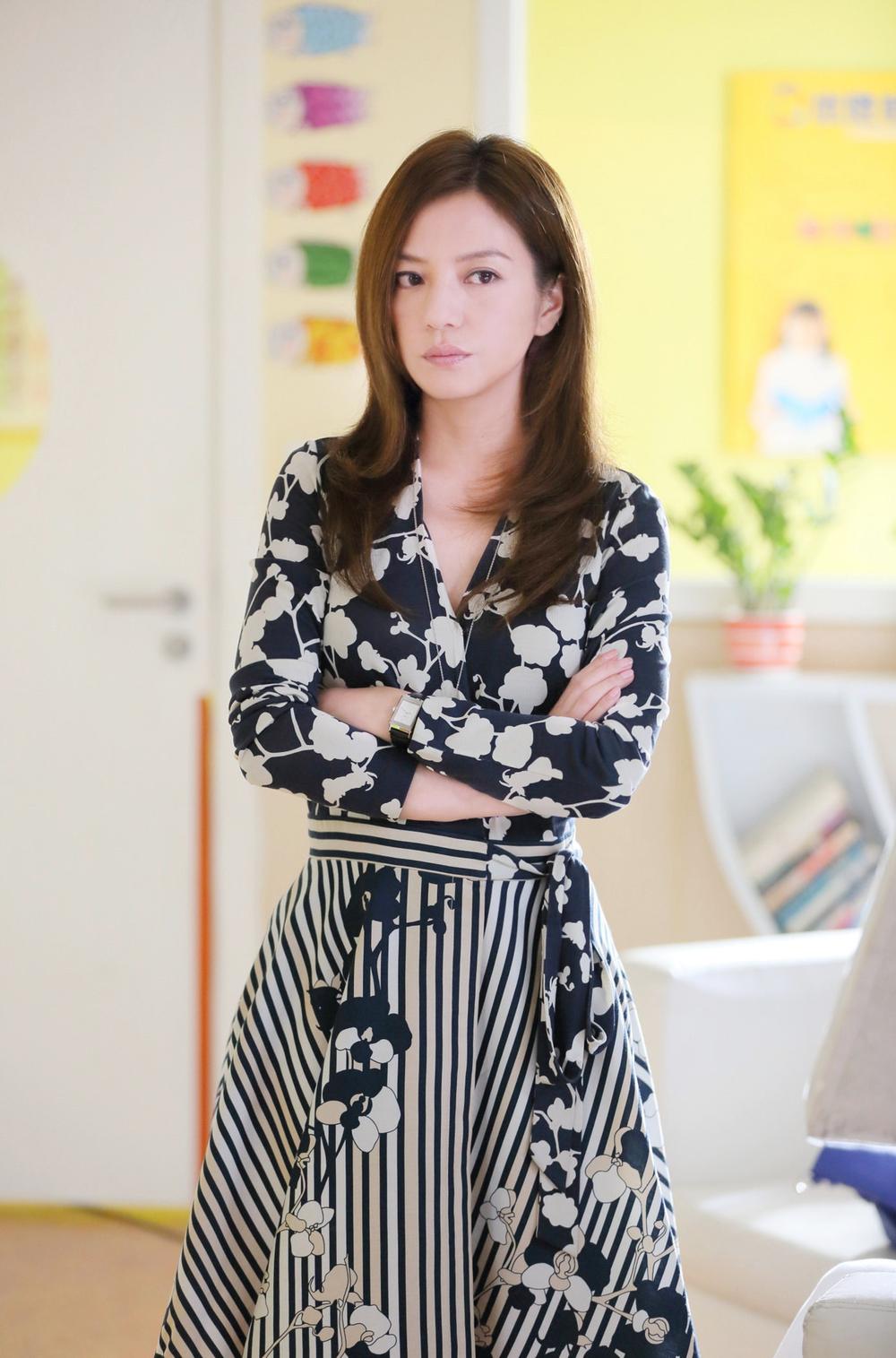 China - Zhao Wei at China TV series 虎爸猫媽 (3).jpg
