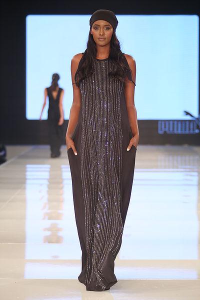 טהוניה בדגם מהקולקציה בתצוגת שבוע האופנה גינדי תל אביב, טובה'לה(צילום: אבי ולדמן)