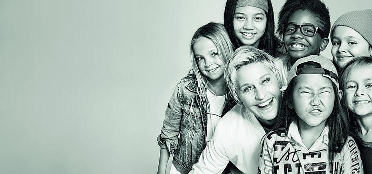 GAP פרסומת GIRLPOWER (צילום: ג'ני גייג וטום בטרטון