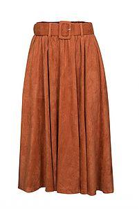 """בתמונה: חצאית זמש טוונטיפורסבן 250 ש""""ח (צילום: אלעד חיזקי)"""