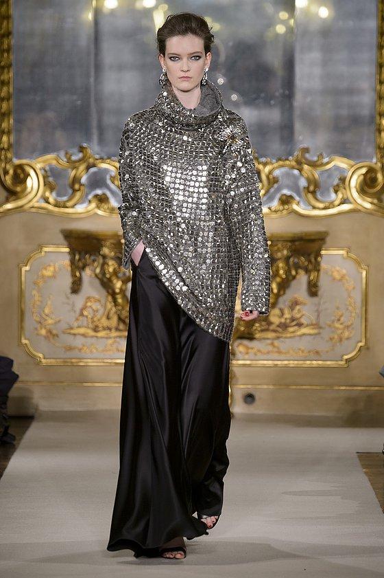 """מנצנץ גירסת בתי האופנה המובילים. """"לה קופן"""" לבוטיק """"מיילוס"""" (צילום יחצ חו""""ל)"""