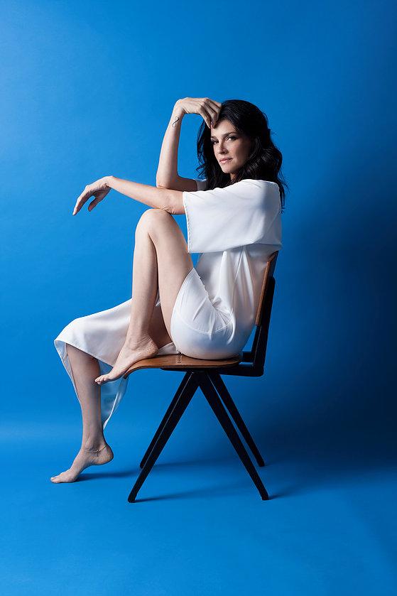 שירז טל. צילום: רותם רייצ'ל חן.   שמלה:F.IRST APPAREL STUDIO