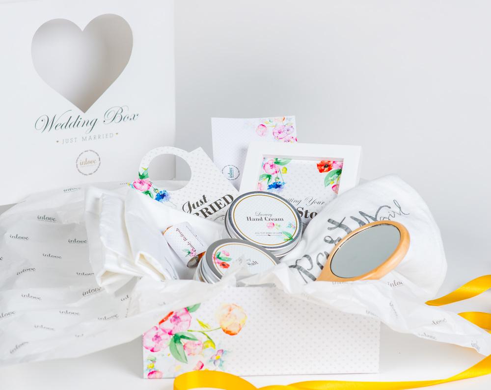 כל מה שצריך ליום החתונה או אחריו WEDDING BOX
