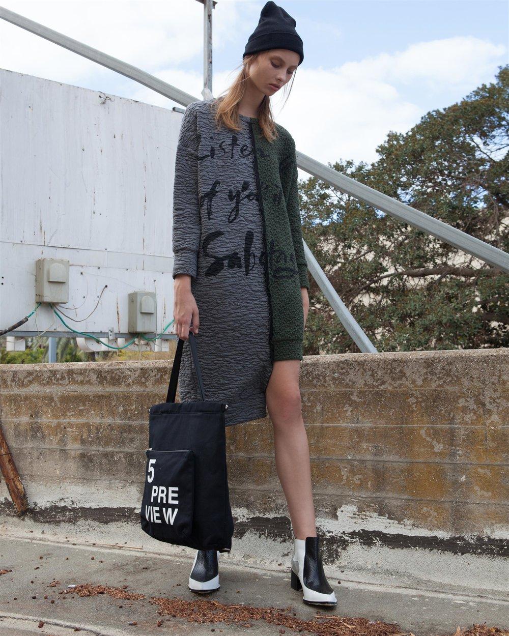 """המותג  Preview  5 לאתר האופנה BelleandSue.co.il מחיר אחרי הנחה 629 ש""""ח (במקום 789 ש""""ח) בימי המכירות SHOPPING IL (צילום: ניר שריג)"""