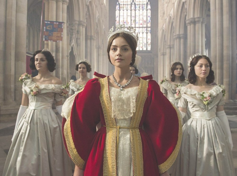ג׳נה קולמן כמלכה ויקטוריהמתוך הסדרה ״ויקטוריה״, באדיבות YES