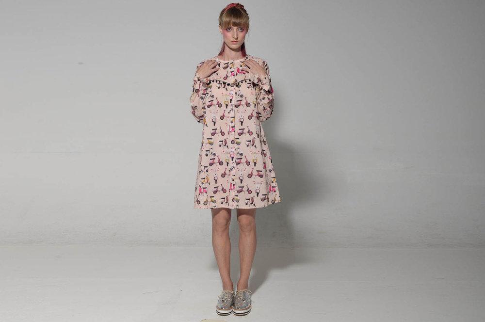 שמלת ווניס ווספות 200 במקום 690 שקלים.jpg