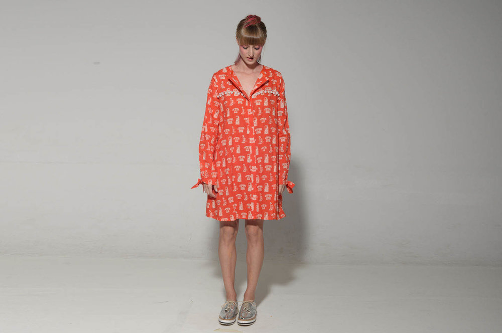 שמלת ווניס טלפונים 200 במקום 690 שקלים (2).jpg
