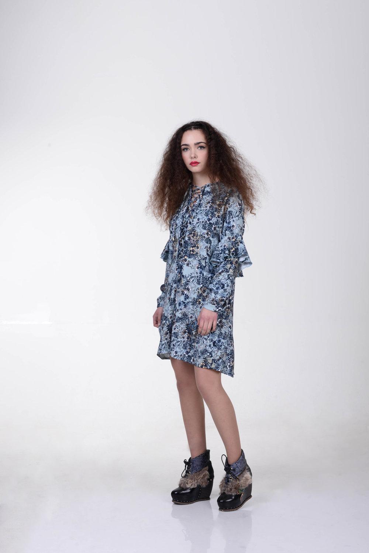 שמלת סנורקה תכלת 300 במקום 790 שקלים.jpg