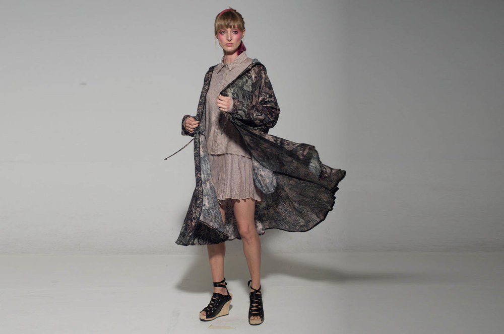 שמלת קטרינה יער 400 במקום 760 שקלים וסט מטריושקה פודרה 500 במקום 890 שקלים.jpg