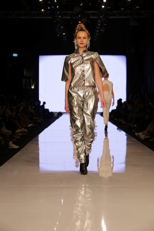 יוסף אביב קיץ 2017. Gindi TLV Fashion Week 2017 צילום אבי ולדמן  (273) (....jpg