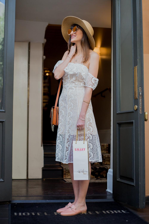 הדר אריאל. שמלה: Line&Dot, נעליים: Jonak Paris