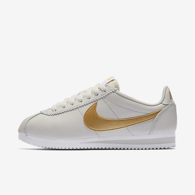 נייקי קורטז לבן פס זהבclassic-cortez-shoe.jpg