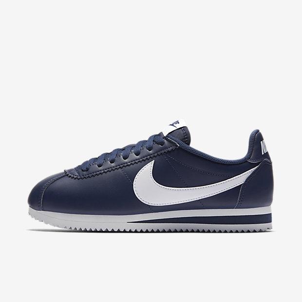 קורטז כחולות פס לבן נייקיclassic-cortez-shoe.jpg