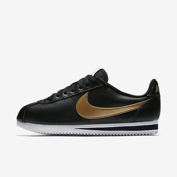קורטז נייקי שחור פס זהבclassic-cortez-shoe.jpg