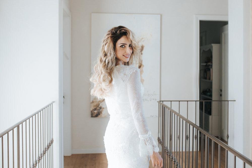 גל מרדכי בשמלה של חיה אמסלם (צילום: עומר הכהן למגזין IT)