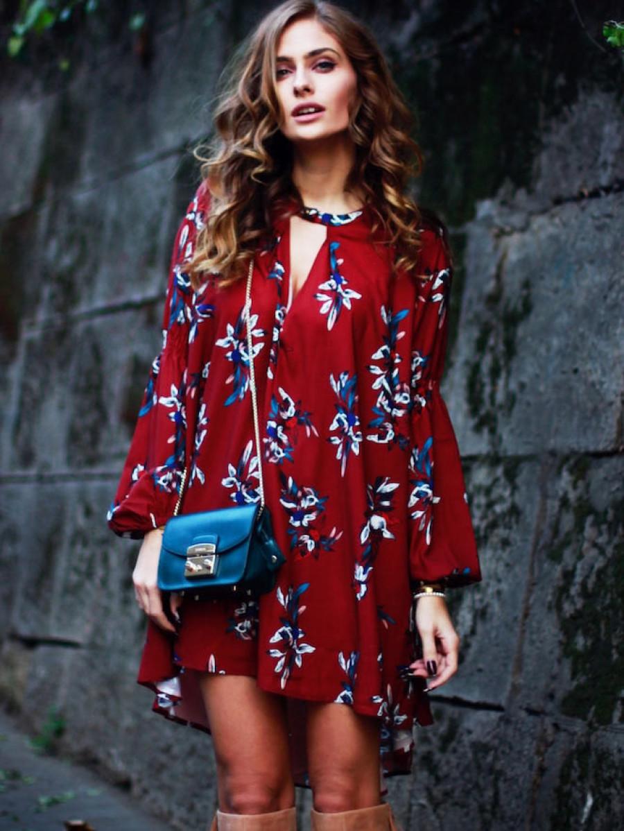 שמלת מיני אוברסייז בגוון יין SHEIN
