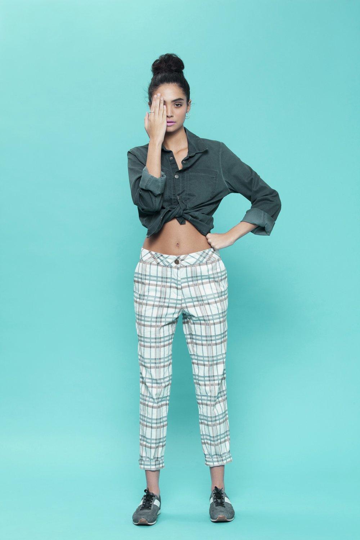 מכנסיים משובצים, 190₪ ביריד סופרמרקט (צילום: דרור בן נפתלי)