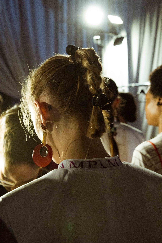 ״עם הקוקו והסרפן״האחיות מכלוף-זיני למותג סאמפל  מקימות לתחייה את הצמה והקוקייה