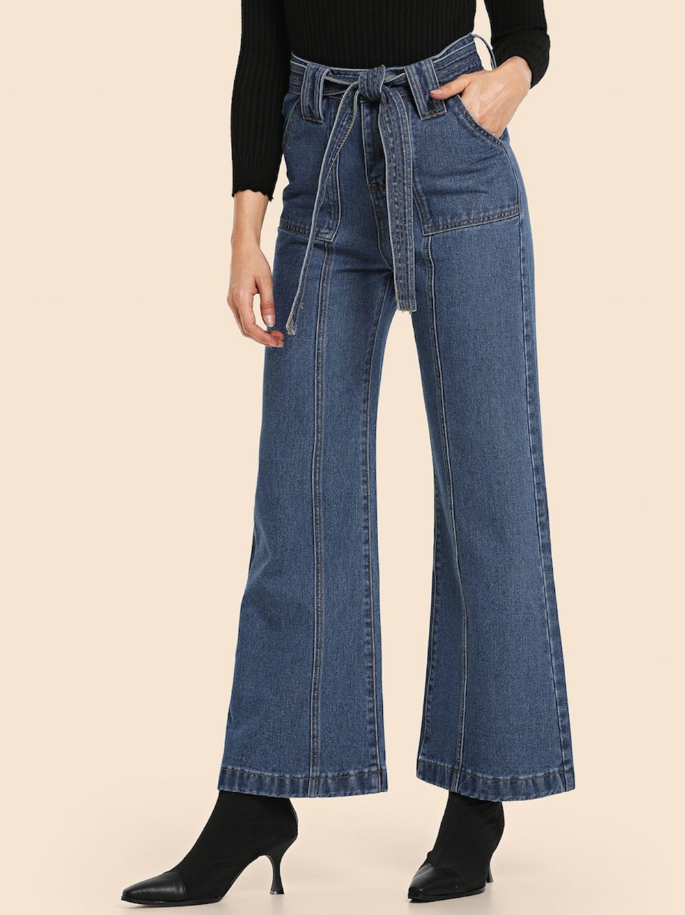 ג׳ינס פלייר מתרחב גיזרה גבוהה עם חגורה נקשרת