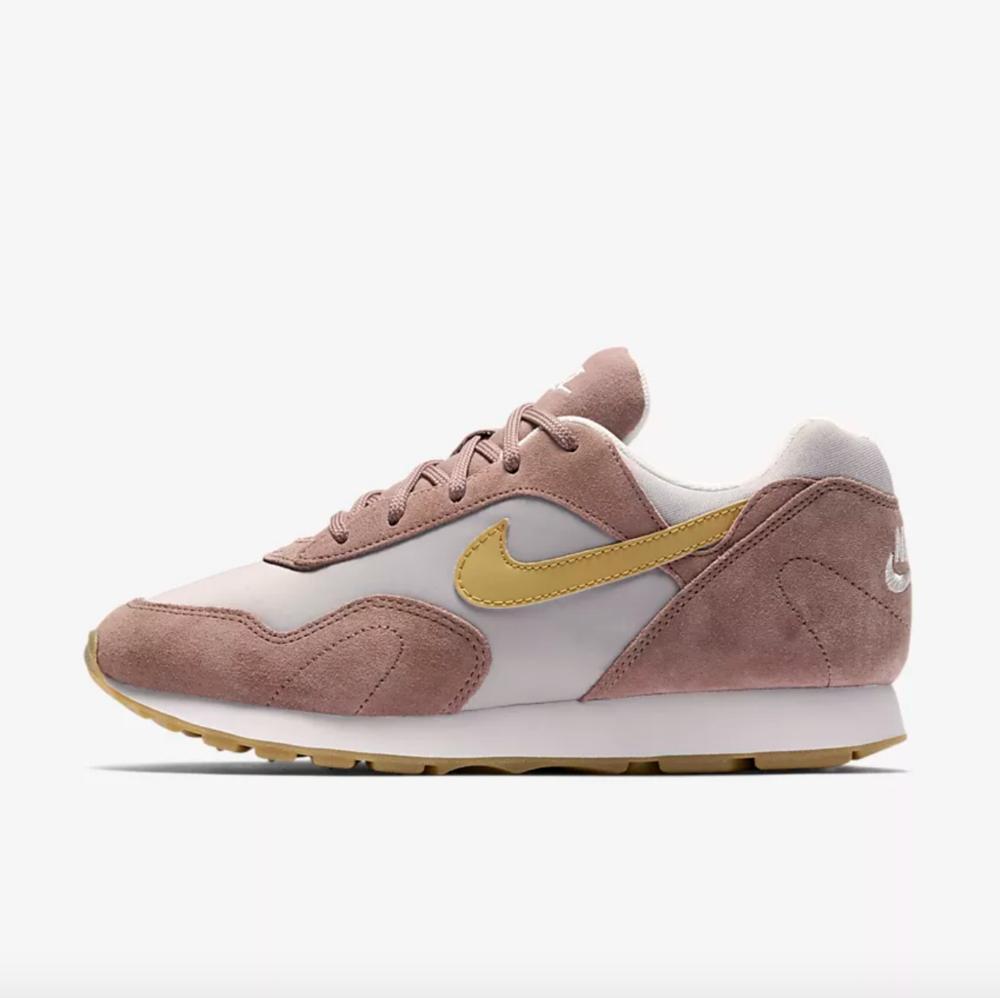 Nike Outburst 279₪ לפני הנחה