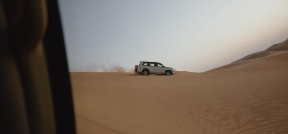 Abu Dhabi [1].00_00_19_12.Still010.png