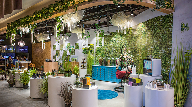An eco&more concept store. How beautiful is it?! Image Source: www.eco-more.com