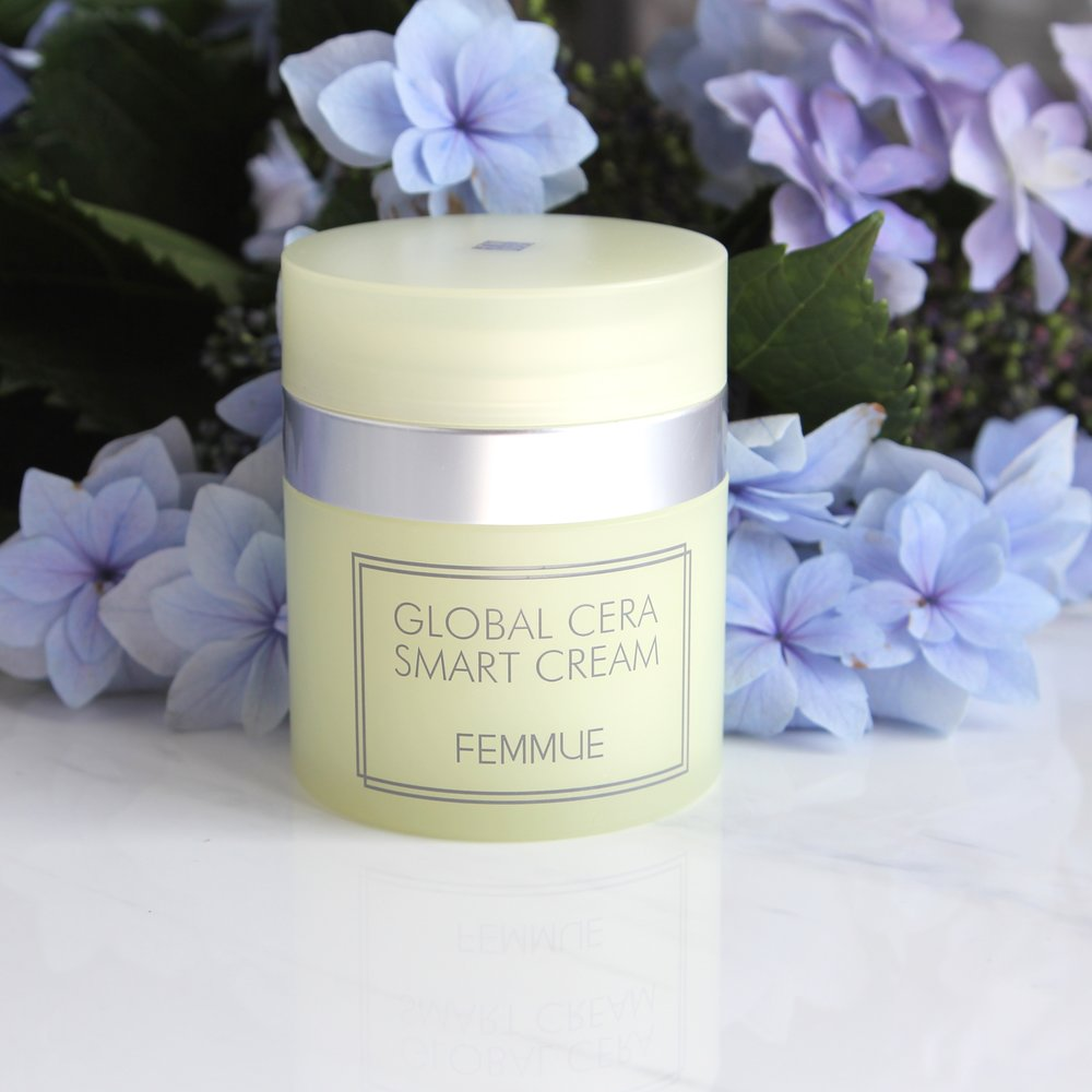 The Femmue Global Cera Smart Cream is a moisturiser that boasts ceramides in its formulation.