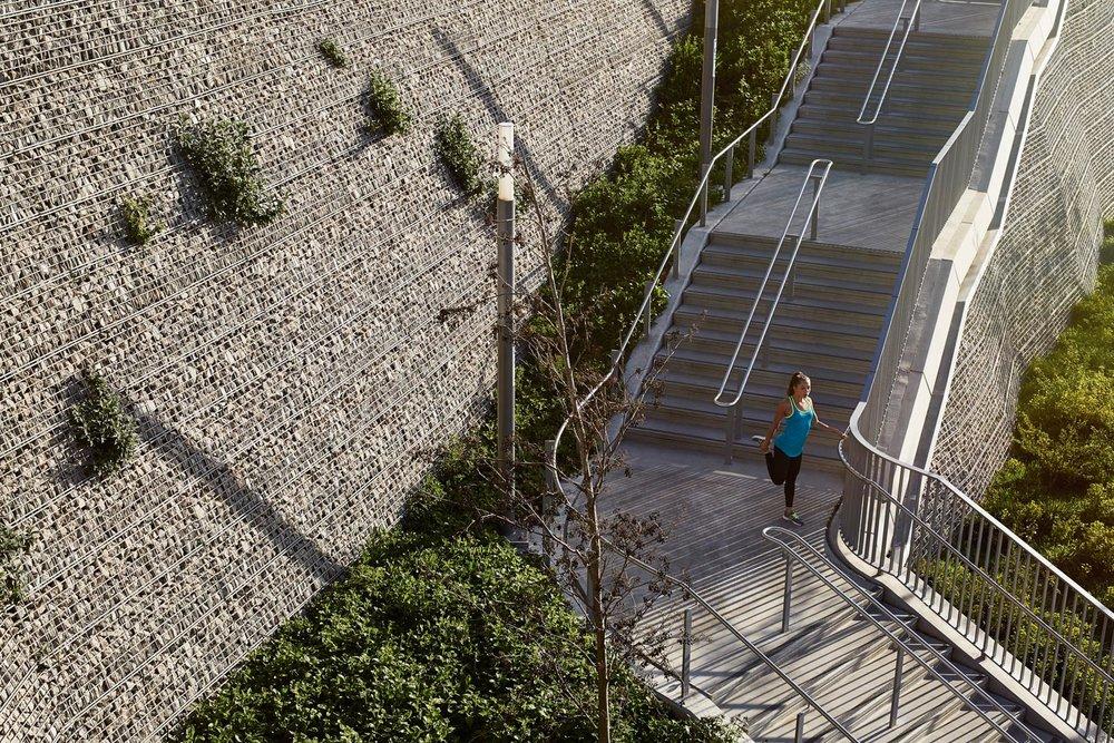 Duncan Nicholls Staircase Stretch