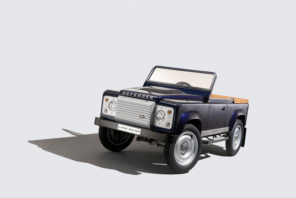 Nigel Harniman studio car shoot Defender