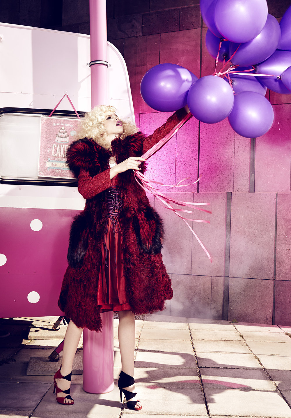 Anatol de cap rouge - cakes and road trips - purple balloons