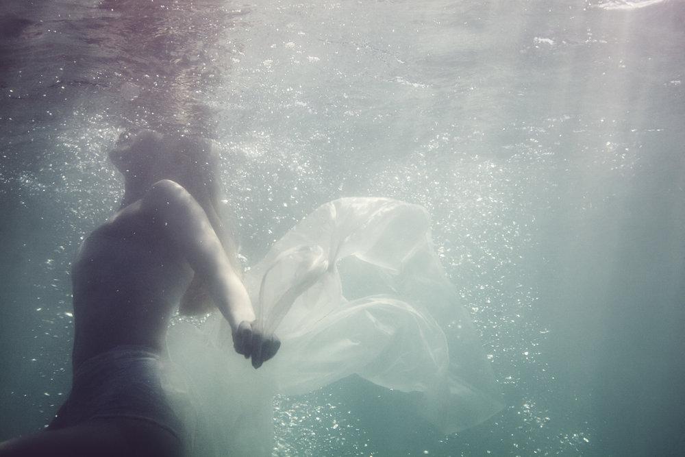 Susanne Stemmer underwater girl
