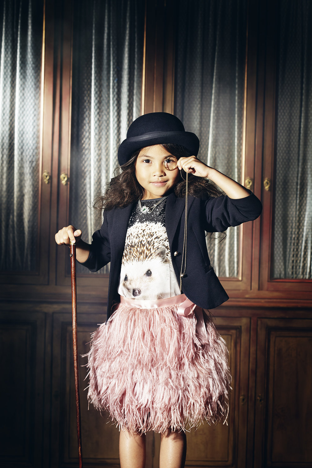 Ilve Little - girl in bowler hat