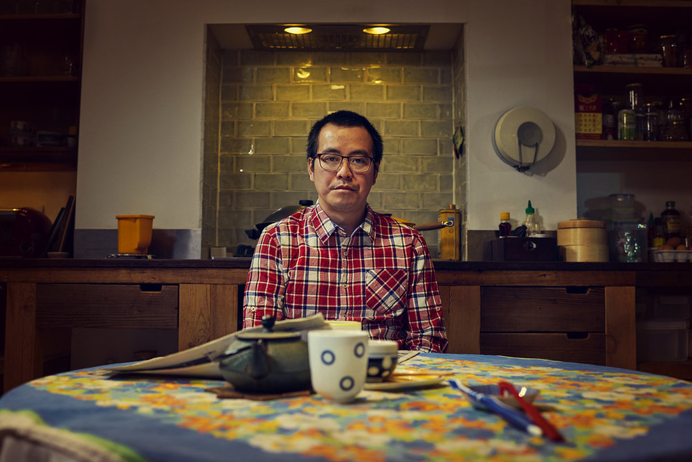 Dee Ramadan - Man sitting at breakfast table